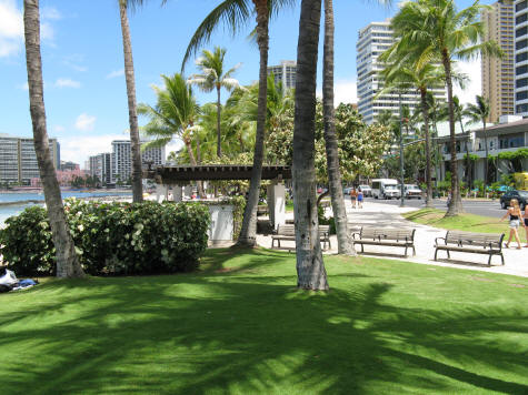 Kuhio Beach Park in Waikiki